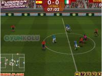 Pes 2013 Kucuk Pes 2013   Senenin En İyi Futbol Oyunlarından